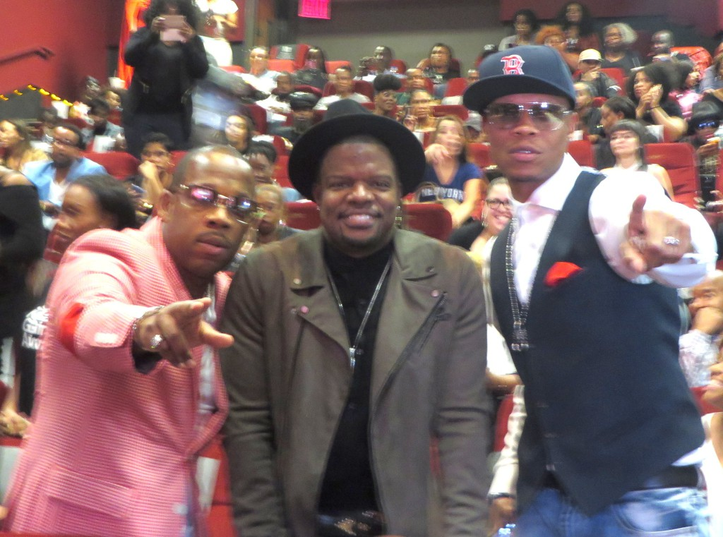 Michael and Ricky with Ronnie Devoe! I know you're thinking great seats, right? Yep. Lol